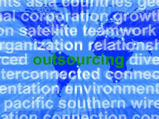 Pourquoi une PME devrait-elle considérer l'externalisation de certaines fonctions ?