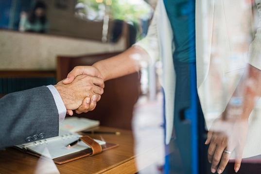 Quelles sont les qualités d'un bon commercial ?
